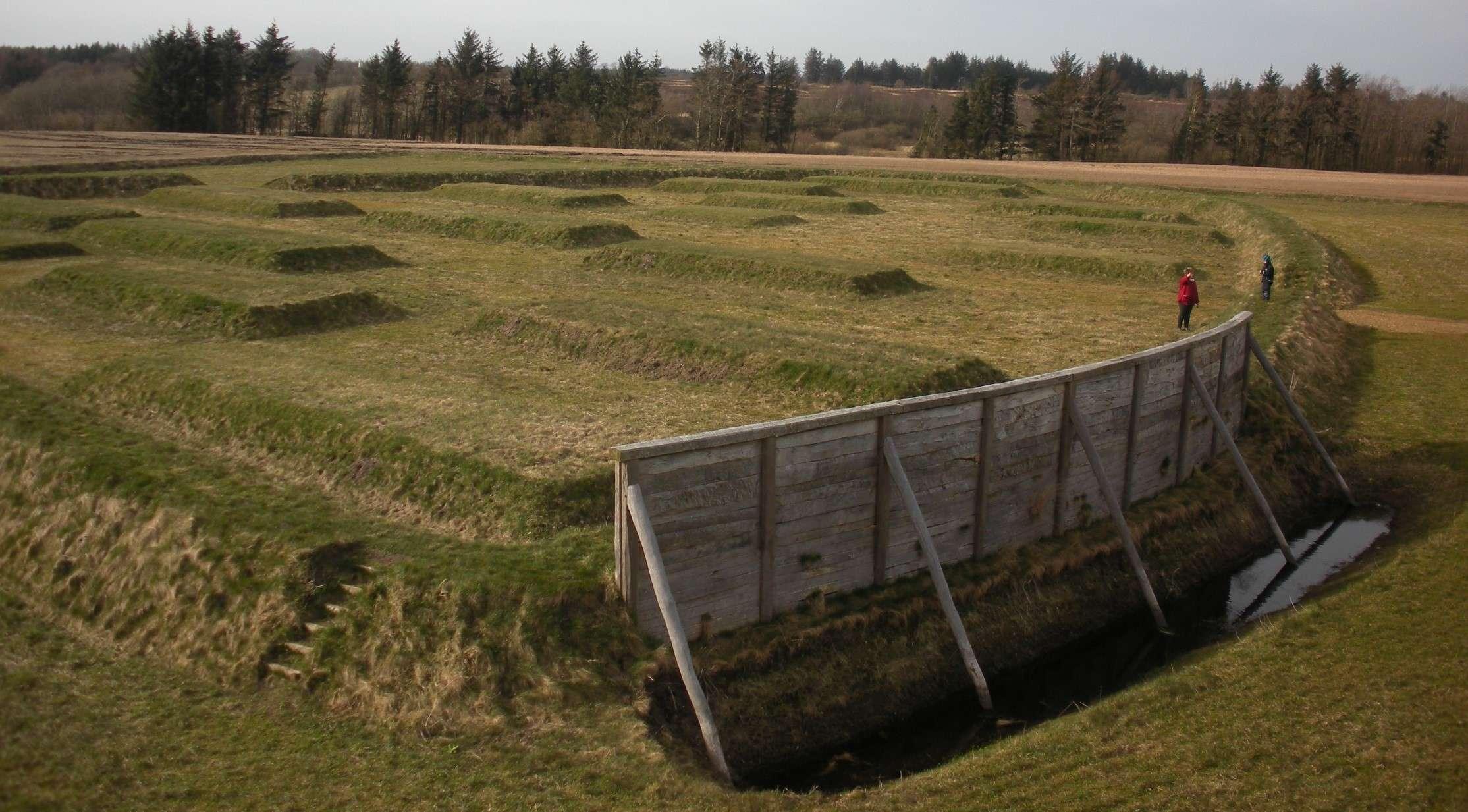 Lyngsmosefæstningen